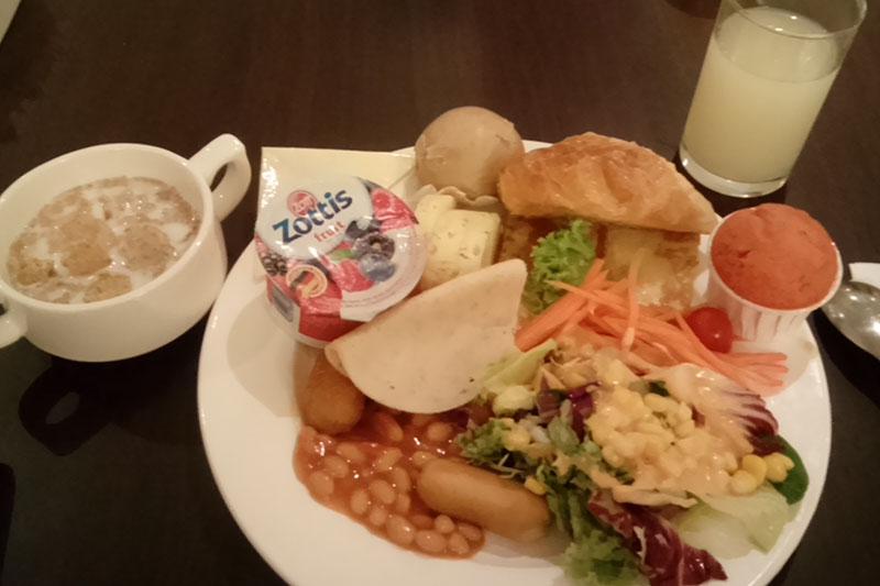 ペニンシュラエクセルシオールホテル 朝食