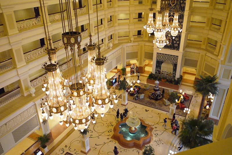 「東京ディズニーランドホテル」入った瞬間驚きの館内