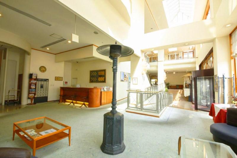 「ホテルベルマーレ」の館内