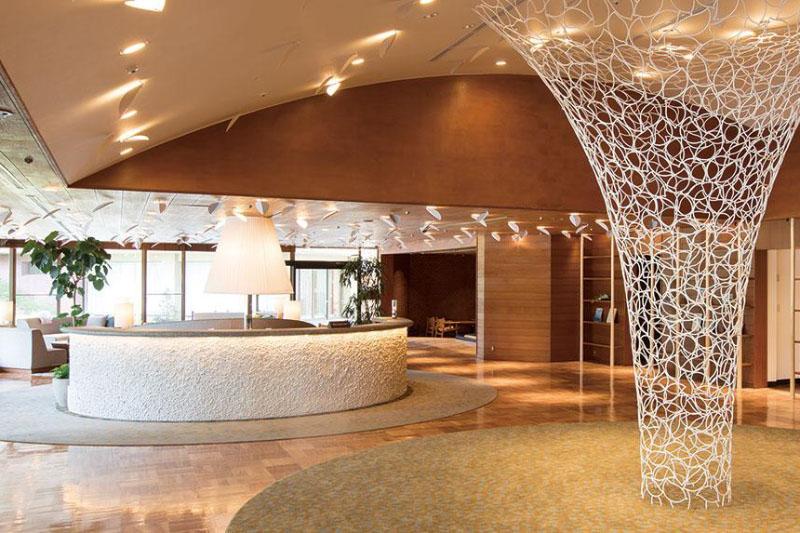 「軽井沢プリンスホテル イースト」の館内