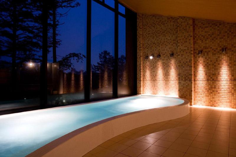 「軽井沢プリンスホテル イースト」の温泉